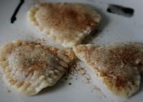 Herznudeln mit Zwetschgen-Zimt-Marmelade