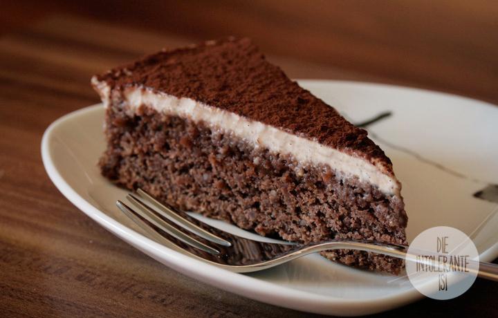 Schoko-Mandel Kuchen mit Cashew-Vanille-Creme - weizenfrei, vegan ...
